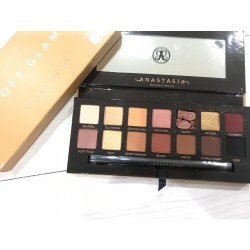 ANASTASIA BEVERLY HILLS Soft Glam Palette defect